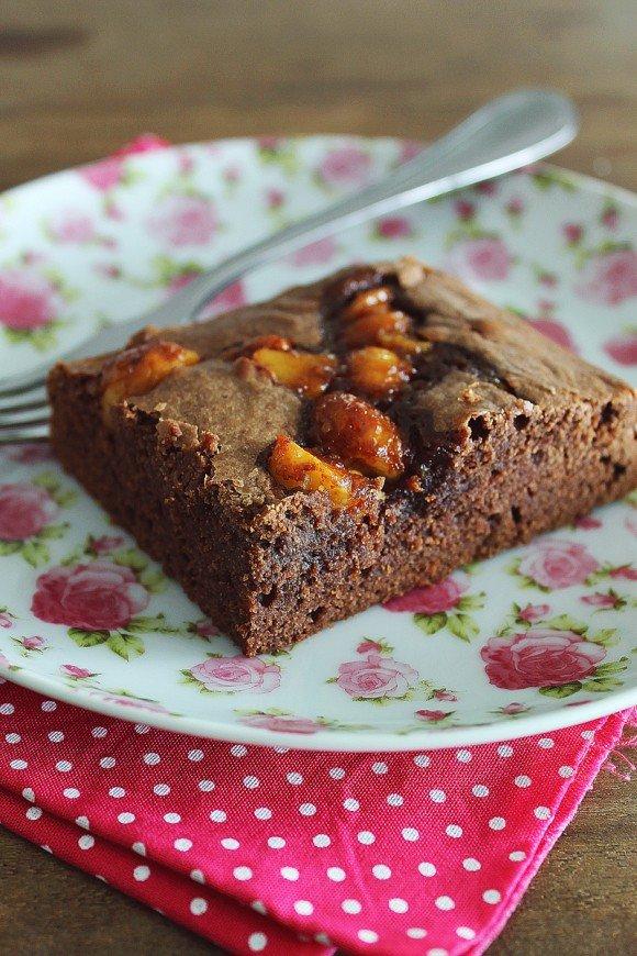 Brownie com macadâmia e Flor de sal_F&F
