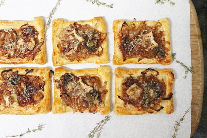 Tartelete de cebola caramelizada e queijo2_F&F