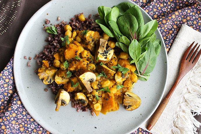 Curry Vegetariano de abóbora, grão-de-bico e cogumelo_F&F