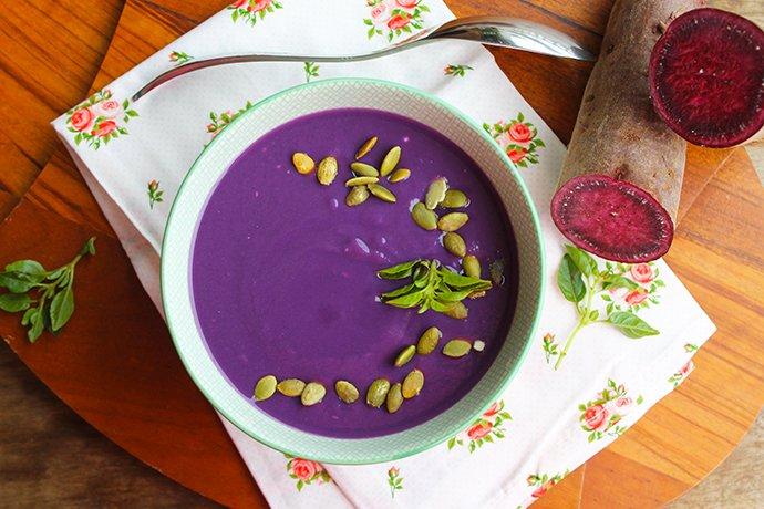 Sopa cremosa de batata-doce roxa2
